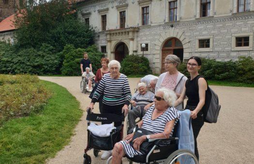 SeniorCentrum Štěrboholy - Výlet do Průhonického parku